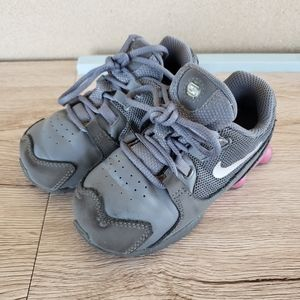 Nike Shox Avenue Grey and Pink Infant Sneakers 8